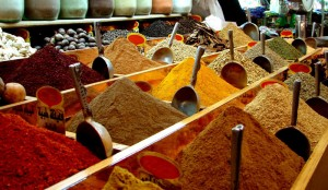 maroc-souk-marchander-voyage-circuit-4x4-expedition-epices